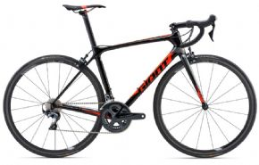 Giant Tcr Advanced Pro 1 Road Bike  2018 - FROM DAILY TRAINING RIDES TO YOUR BIGGEST RACE OF THE YEAR.