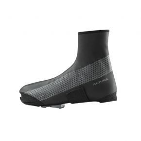 Altura Nightvision 4 Waterproof Overshoe  2018 - One of our most popular overshoes for commuters.